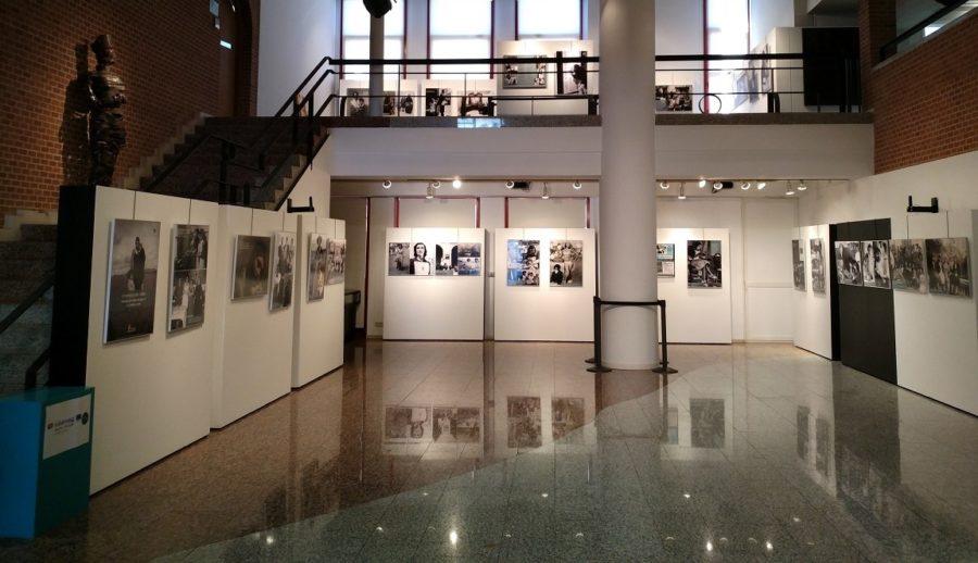 Exposición Un Tiempo Entre Visillos en el Centro de Desarrollo Sociocultural de Peñaranda de Bracamonte
